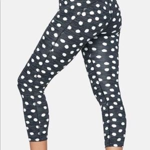 Women's Outdoor Voices cropped leggings